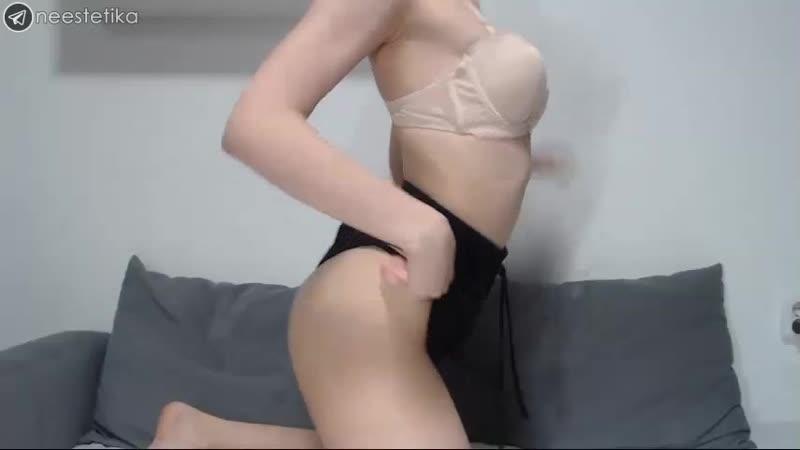 Gloria Matvien (web, webcam, solo, tits, boobs, girl, nipple, posing,
