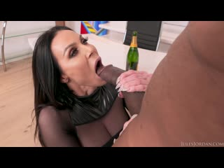 Kendra lust & dredd (julesjordan big tit milf star has a bbc celebration with)[2019, big butts,ir,big cocks,facial, 1080p]