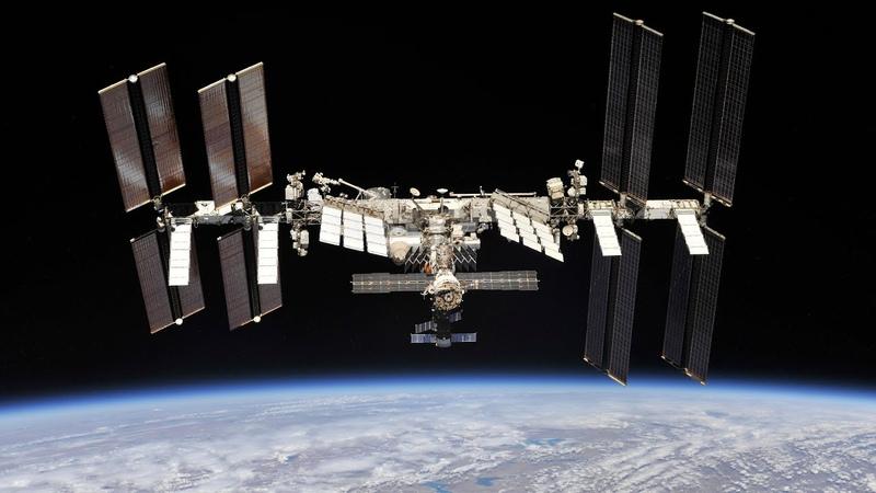 Дискуссия с космонавтом Орбитальные станции прошлое настоящее будущее