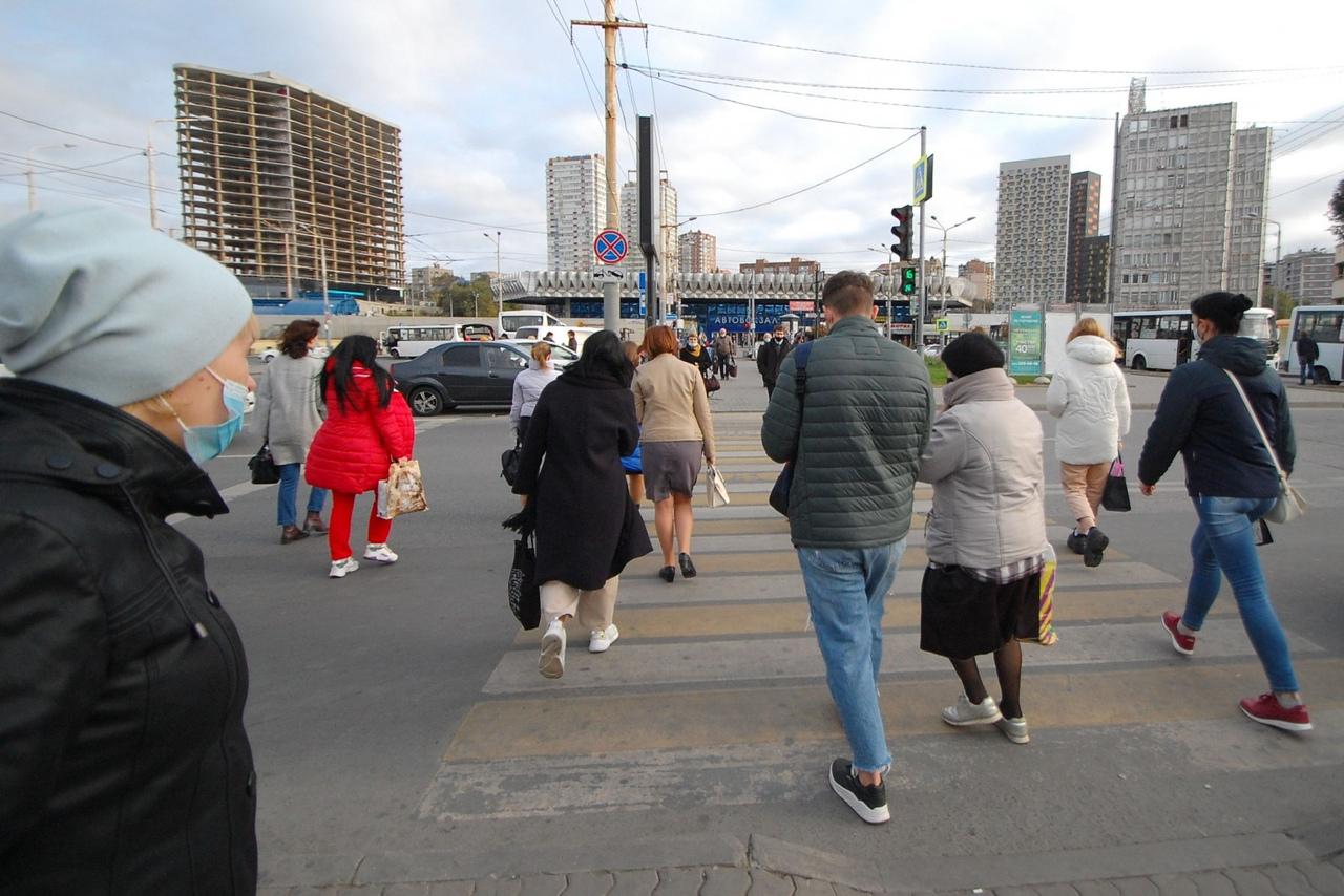 В Таганроге и области продолжаются рейды по соблюдению масочного режима в общественном транспорте