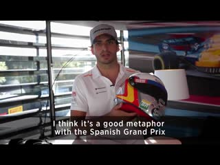 Carlos home race helmet is looking 👌