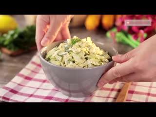 5 минут времени, 2 ингредиента и самый вкусный салат из свежей капусты готов!