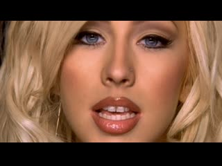 Ricky Martin & Christina Aguilera - Nobody Wants To Be Lonely HD